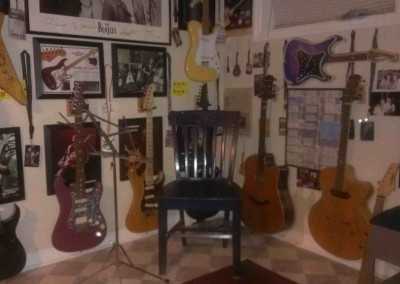 matts guitar room